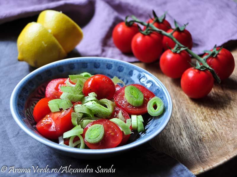 Salata de rosii cu praz