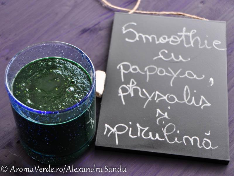 Smoothie cu papaya, physalis, spirulina