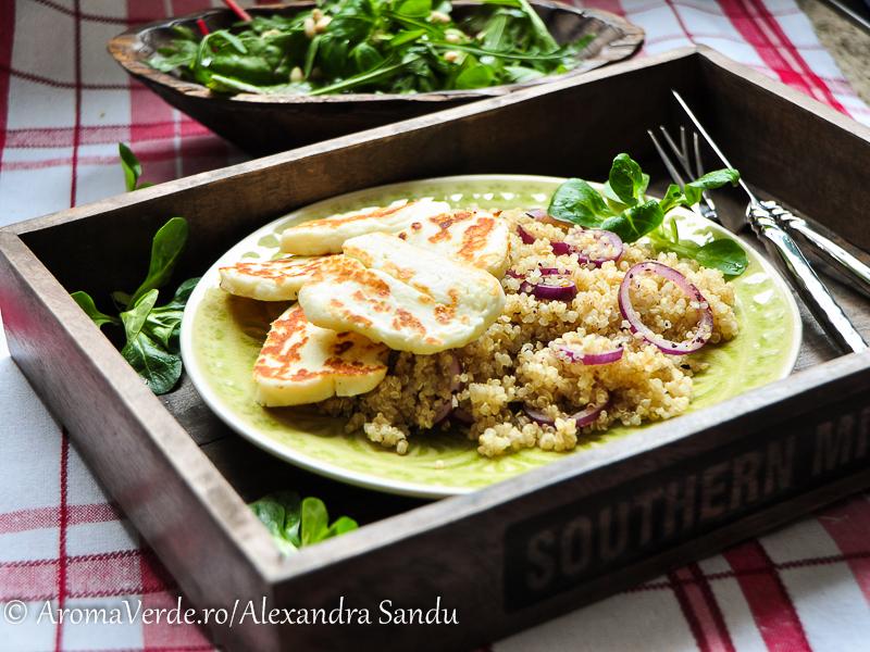 Quinoa, halloumi și verdețuri