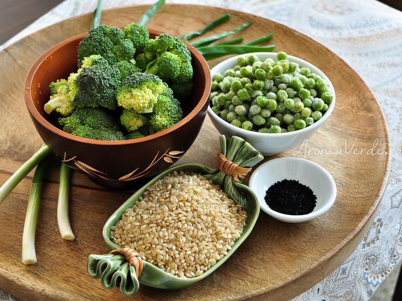 Orez integral, broccoli, mazare, negrilica