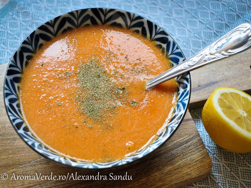 Supă de linte roșie