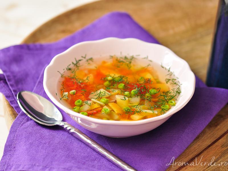 Ciorbiță cu legume de vară