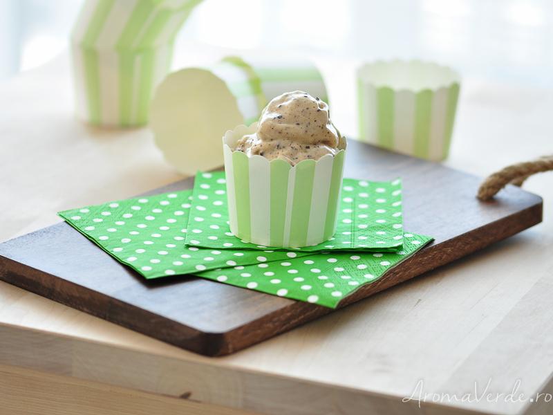 Înghețată raw din banane