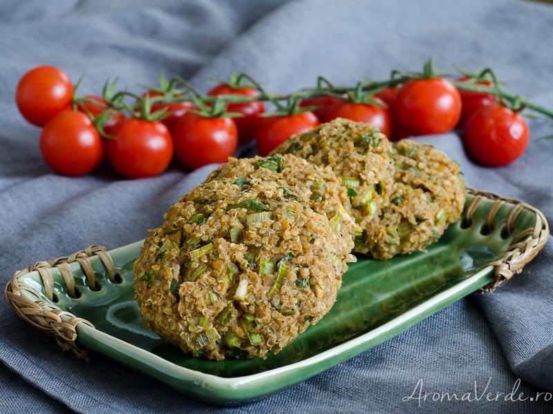 Burgeri vegani din năut și quinoa