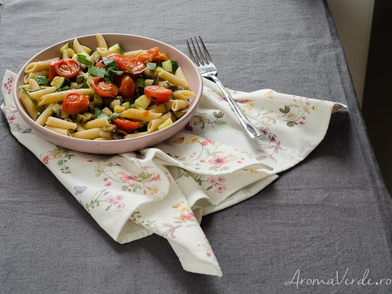 Paste integrale cu vinete și zucchini