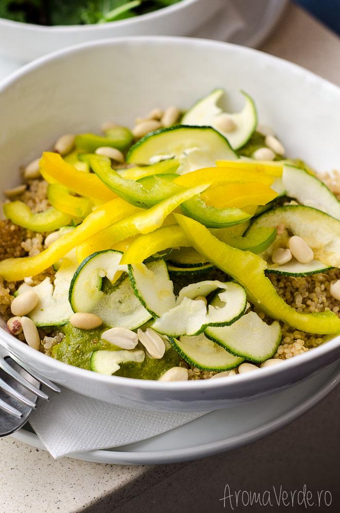daluma-restaurant-quinoa-with-avocado-peanuts-topping