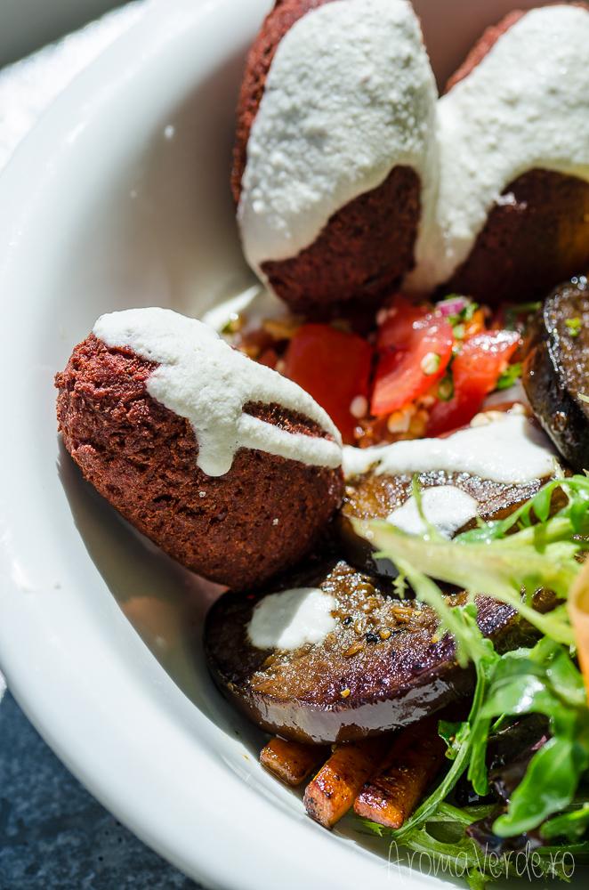 un-vegan-in-berlin-falafel-the-bowl