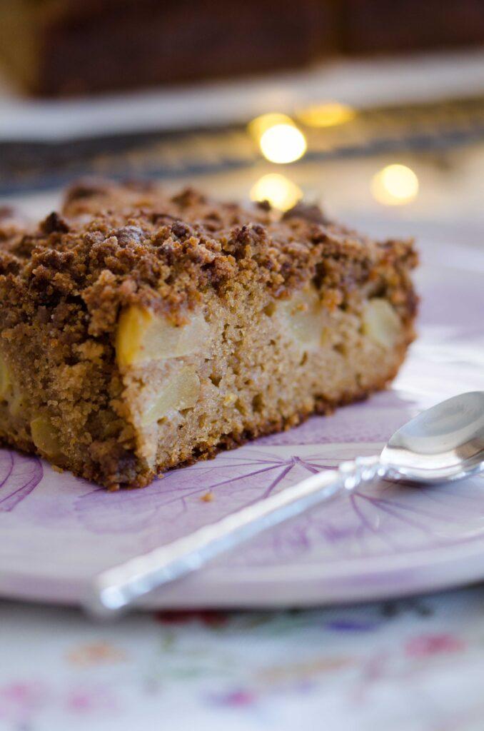 Prăjitură cu mere și crumble